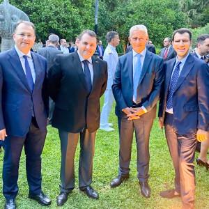 8 με πρεσβης κυπρου και βουλευτη δημοσχάκης και δημοσιογραφο γιωργο σιαδημα